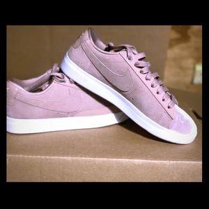 Velvet Nike women's shoes